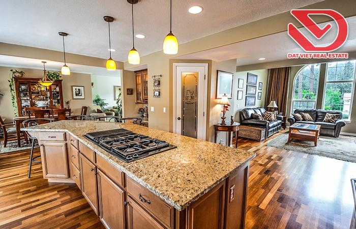 Cân bằng khoảng trống, bố trí không gian hợp lý còn giúp phòng bếp thêm đẹp mắt