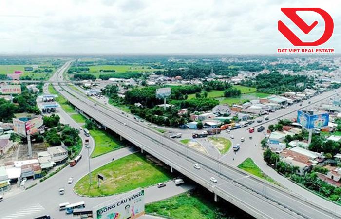 Lợi thế của Đồng Nai là có sẵn cao tốc TPHCM - Long Thành - Dầu Giây và chuẩn bị được triển khai thêm một loạt công trình hạ tầng trọng điểm